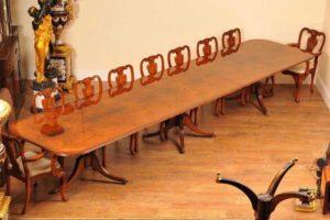16フィートウォルナットリージェンシー台座ダイニングテーブルシート18